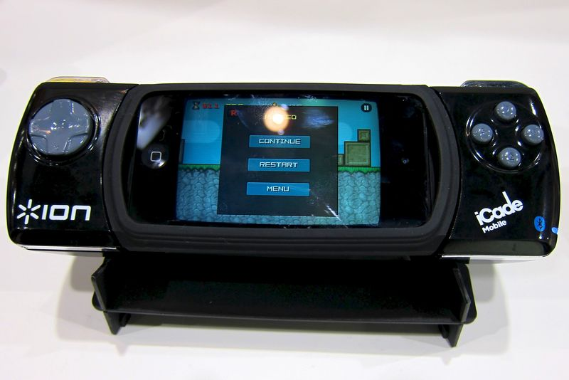 CES_2012_iON_iCade_Mobile